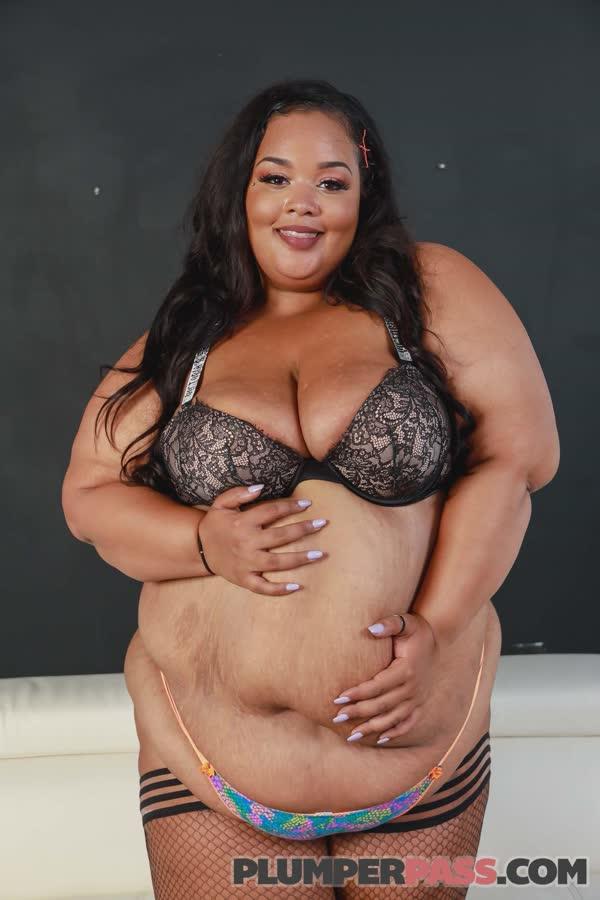 gorda-puta-possando-nua-27