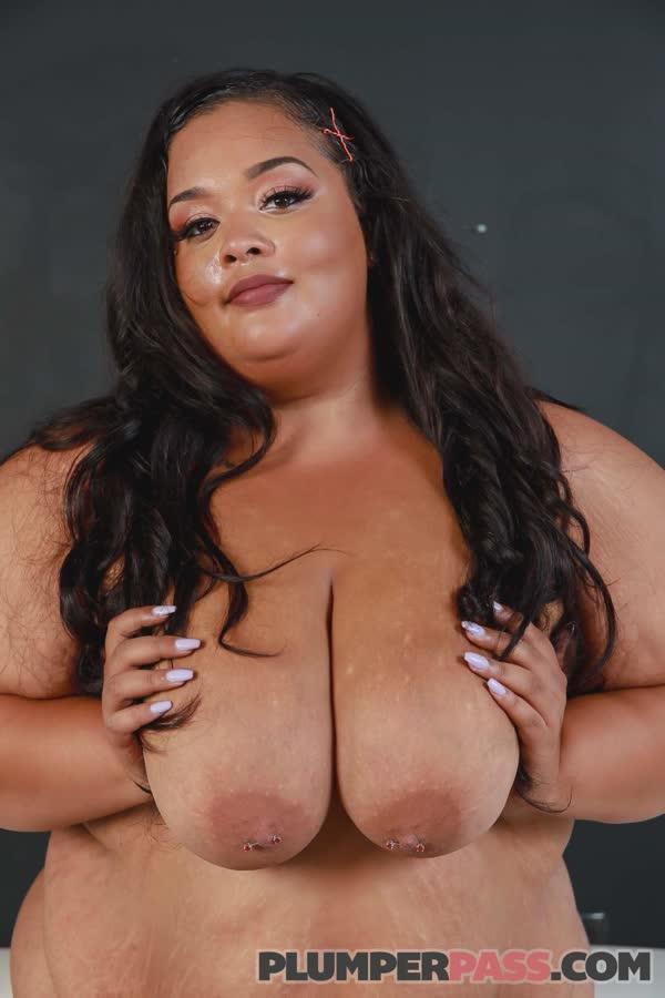 gorda-puta-possando-nua-34