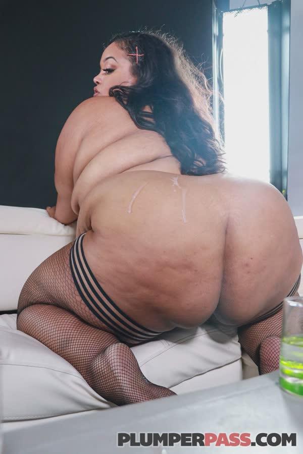gorda-puta-possando-nua-99