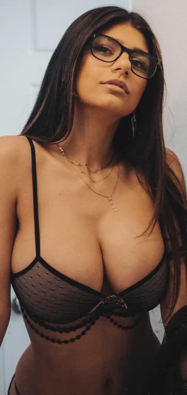 mix-de-fotos-porno-mia-khalifa-43