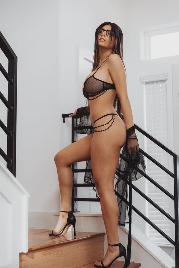 mix-de-fotos-porno-mia-khalifa-46