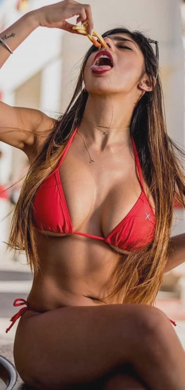 mix-de-fotos-porno-mia-khalifa-73