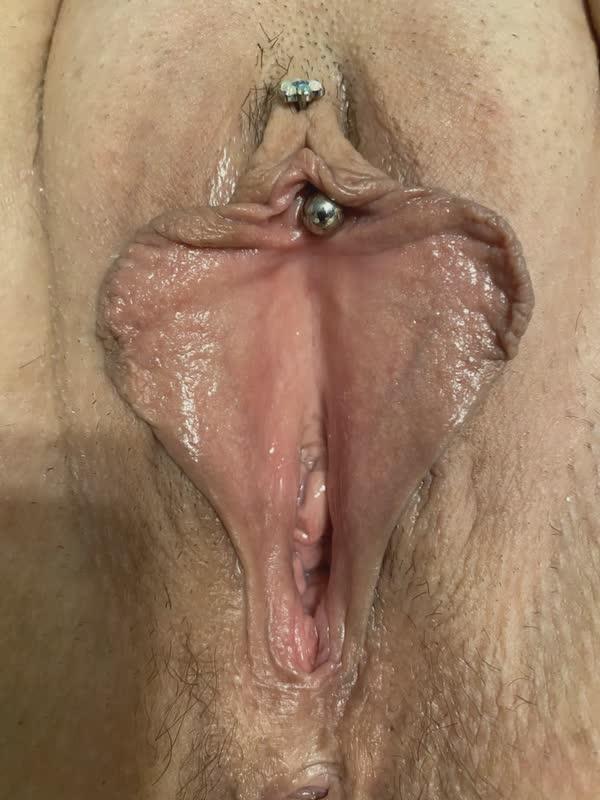 safadinha-colocou-na-piercing-na-xota-2