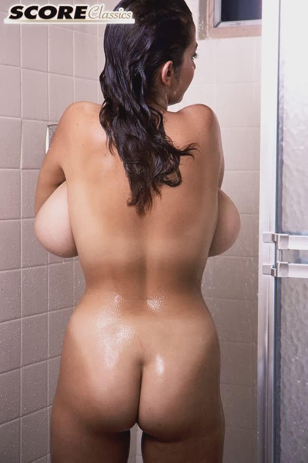 tetuda-adora-tomar-banho-14