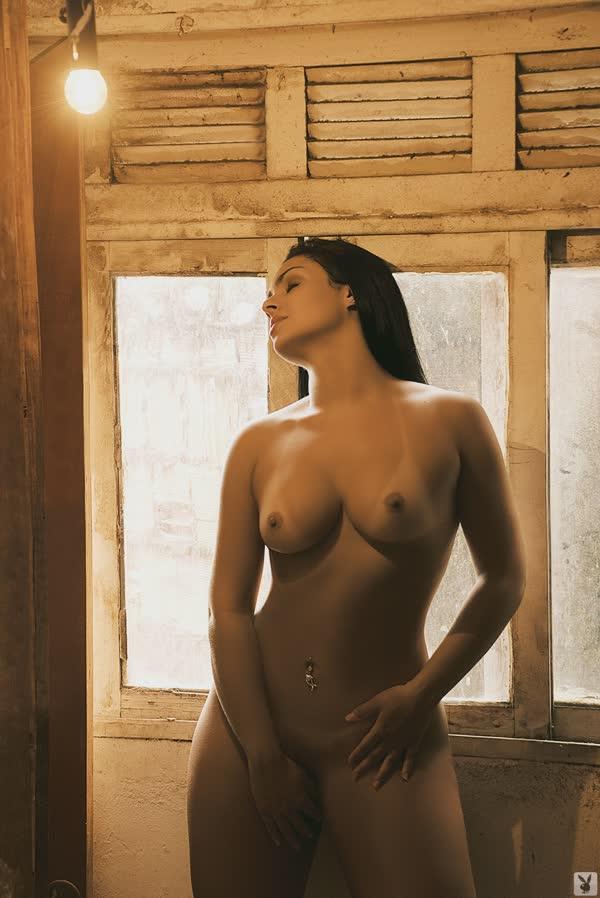 mulher-melancia-mostrando-o-corpo-gostoso-2
