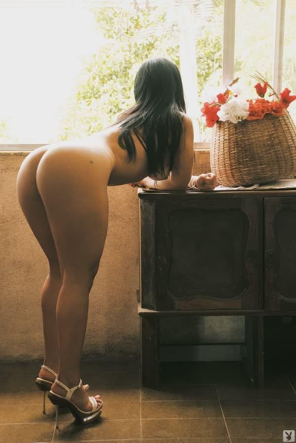 mulher-melancia-mostrando-o-corpo-gostoso-7